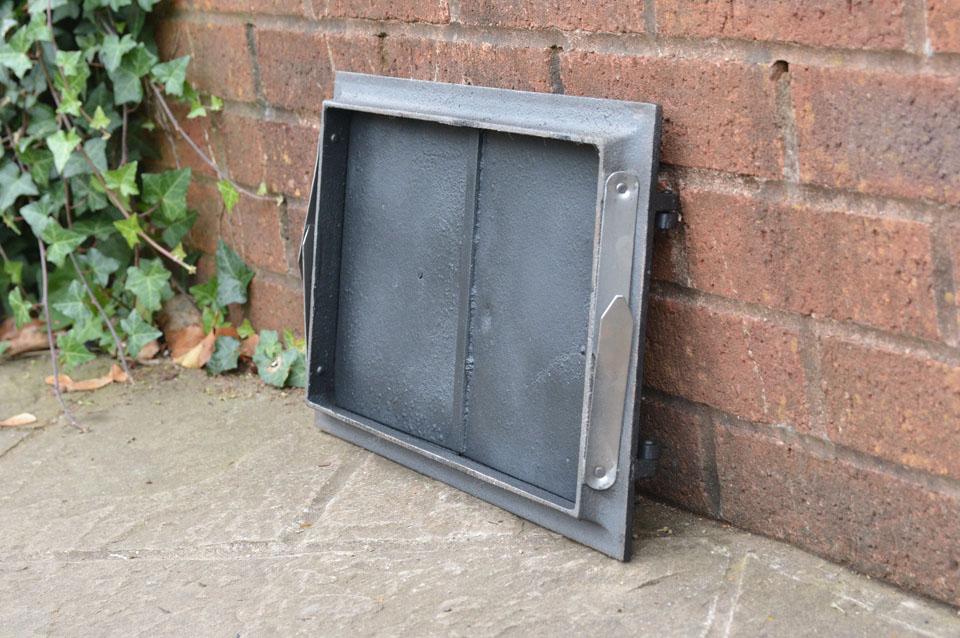 42 x 27 2 cm cast iron fire door clay bread oven doors for Door 2 door pizza