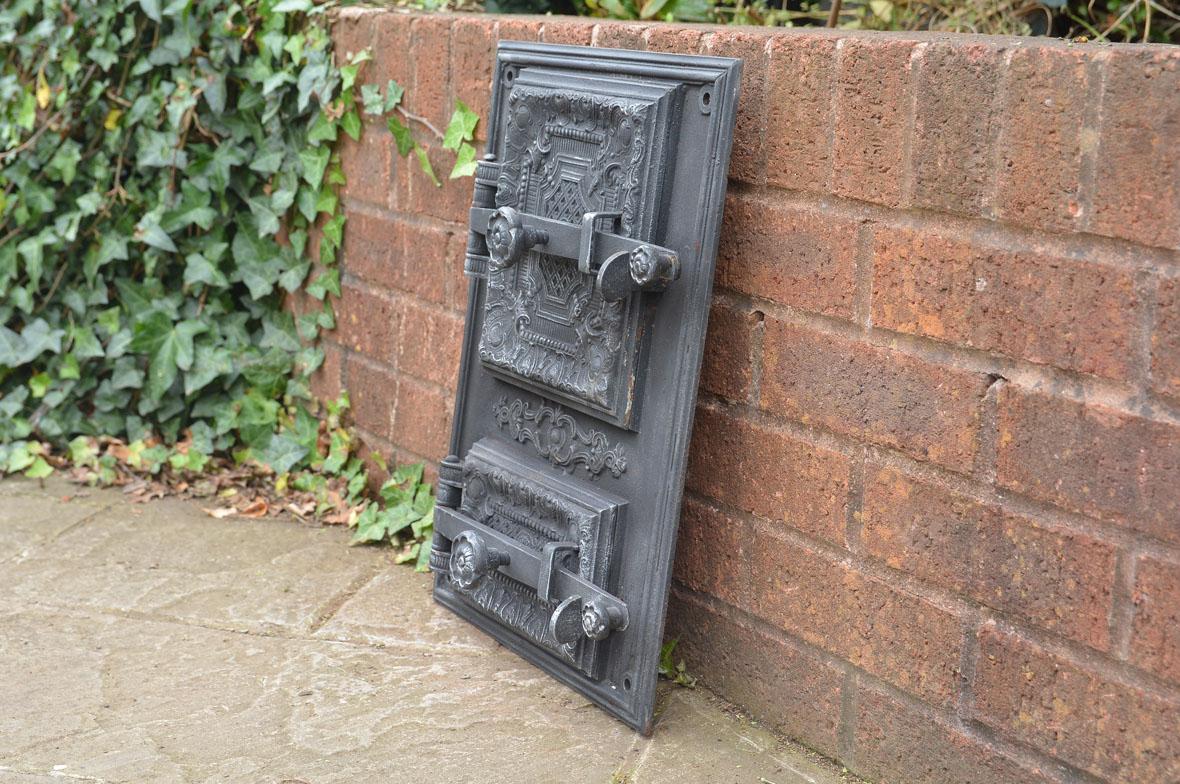 33 x 46 5 cm old cast iron fire bread oven door doors for Door 2 door pizza