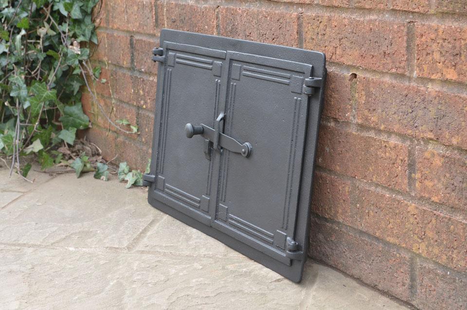 48 x 32 5 cm cast iron fire door clay bread oven doors for Door 2 door pizza
