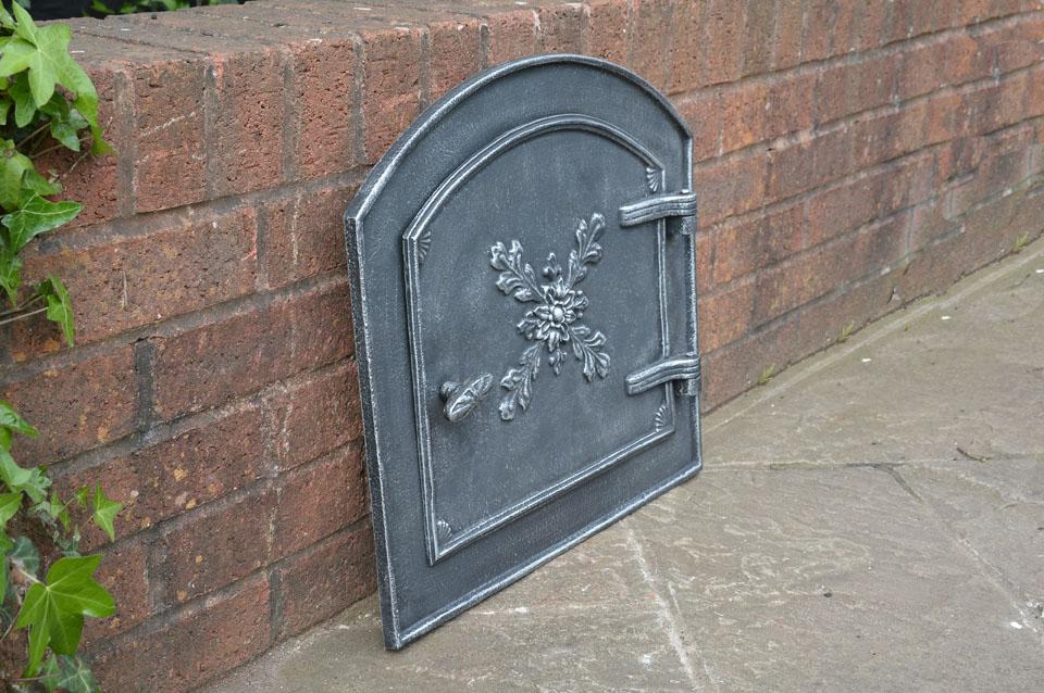 49 x 44 5 cm cast iron fire door clay bread oven doors for Door 2 door pizza