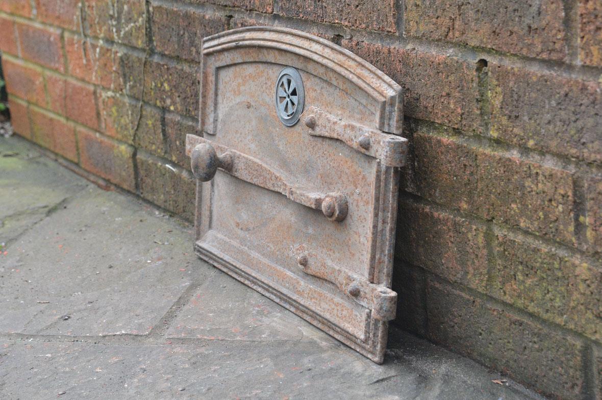 42 x 30 cm old cast iron fire bread oven door doors flue for Door 2 door pizza