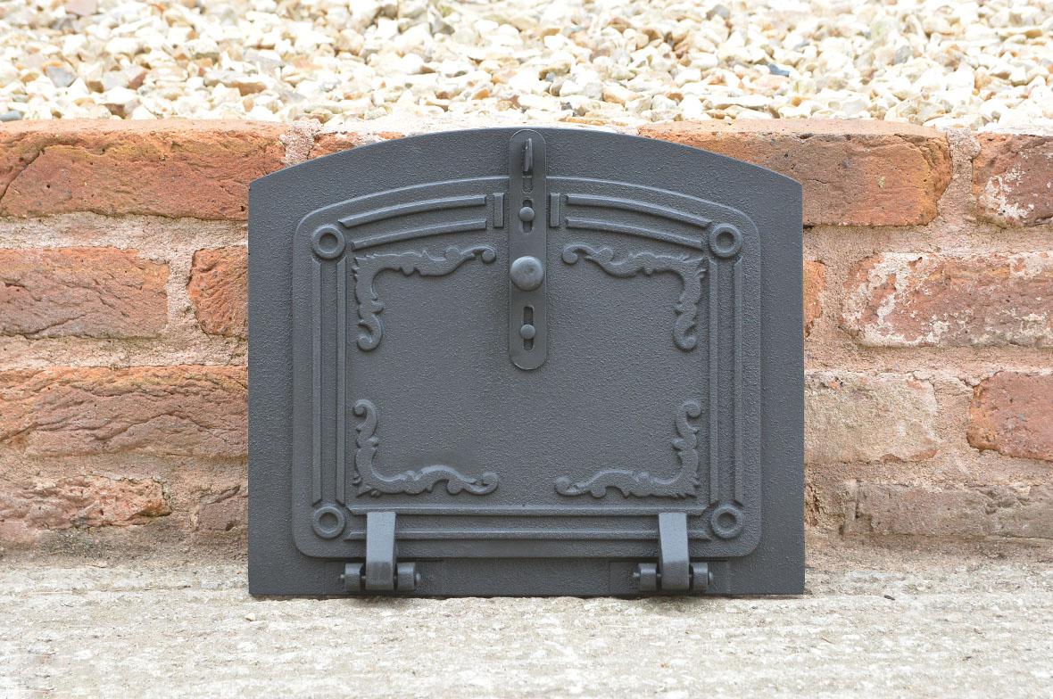 37 x 31 cm cast iron fire door clay bread oven doors pizza stove fireplace