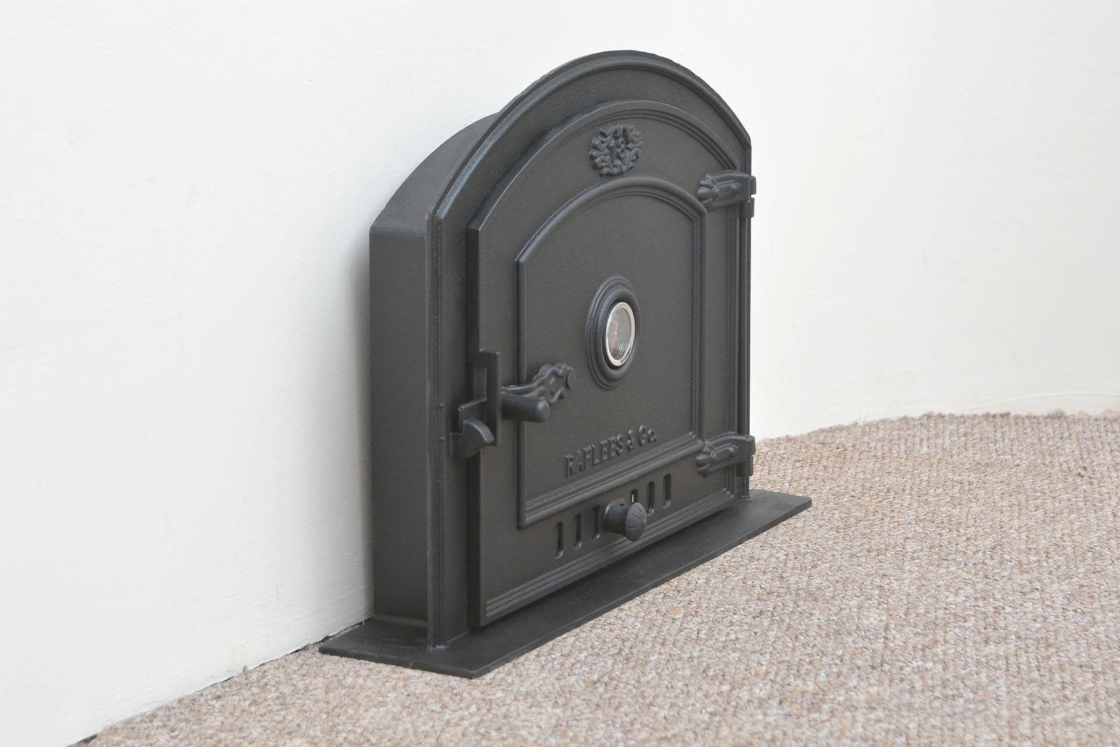 59 x 43 cm cast iron fire door clay bread oven doors pizza with thermometer